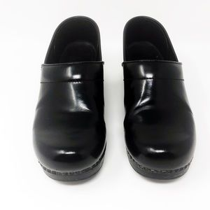 Dansko Black Patent Leather Clogs Shoes
